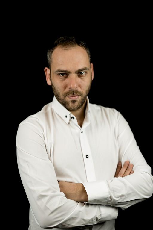 Roșu Barna (Rosso Bruno) – DJ si producator